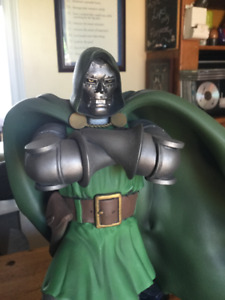 DR DOOM STATUE AND SILVER SURFER STATUE   MINT CONDITION