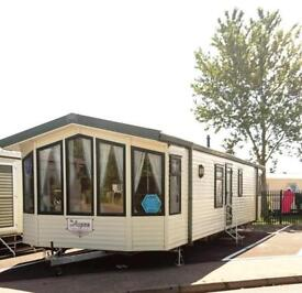 Static Caravan Clacton-on-Sea Essex 2 Bedrooms 6 Berth Willerby Aspen 2005 St