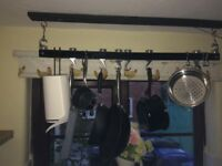 Hanging kitchen pan rack