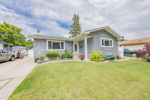 JUST LISTED - 3 Bed 3 Bath Bungalow