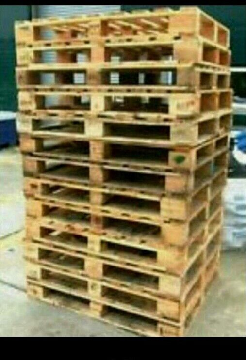 Pallets for salein EdinburghGumtree - Pallets for sale all good condition. Good for Diy projects just ask for info.Delivery available Contact 07429497735