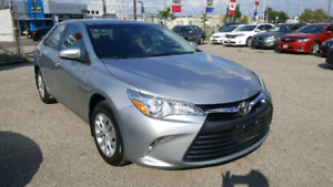 TOYOTA CAMRY 2017 LE LOW km