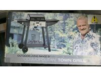 New & Boxed Gas BBQ Contemporary Town Grill