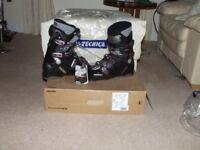 Pair New Ski Boots