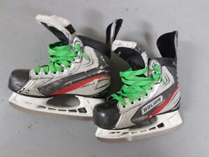 Bauer Youth Skates Size Y12