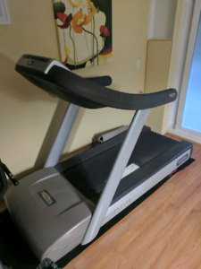 Technogym Excite 700 Treadmill with Touch Screen