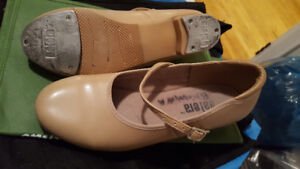 Adult tap shoes - Size 8