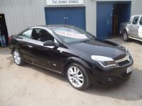 Vauxhall ASTRA Twintop Design,1796 cc Convertible,FSH,upgraded stereo,push button start,only 46,000