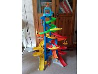Fisher price little people skyway city playset