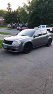 Dodge Avenger 2012 SXT plus 2.4L