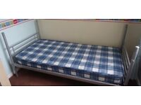 3 FT SINGLE METAL BED WITH MATTRESS AND POLYESTER SINGLE QUILT
