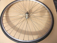 BICYCLE WHEEL 700C QUANDO HUB NUTTED
