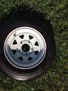 Trailer wheel and tire
