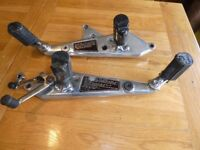CB900 z 82 footrest's and polished mountail plate