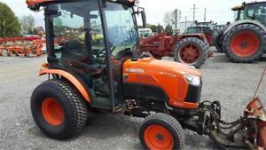 Kubota B3350 Compact Tractor