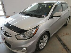 2013 Hyundai Accent GLS! ALLOYS! HEATED! SUNROOF! ONLY 66K!