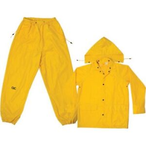 """Small /Medium rainsuit .NEW """"yellow"""" $8.00 can deliver"""