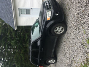 Ford Escape 2010 XLT 8200$