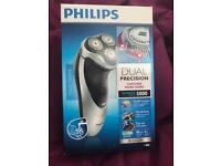 Philips shaver series 5000 Dual Precision pop up trimmer