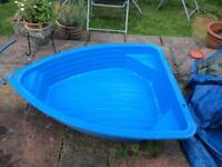 Paddling pools/ sandpits boatshaped