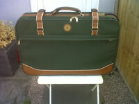 £9****FANTASTIC LARGE ,SUITCASE***COVENTRY, CV33FU ,138