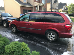 2007 DODGE GRAND CARAVAN *** DVD *** STOW & GO *** 7 PASSAGÉS
