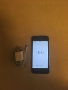 *Price Reduced* IPhone 5s, 16gb, no cracks, restored to factory*