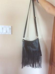 Leather-look fringed shoulder bag