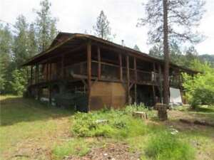 10 Acre Property with 6000 sqft House