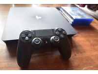 PlayStation 4 (PS4) + Fifa 17 and Uncharted 4