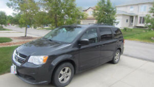 2012 Dodge SXT plus Minivan, Van