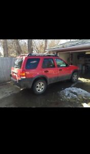 2002 Ford Escape XLT (Reduced Price)