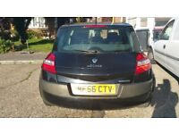 Black Renault Magane Dynamique, 5 dr, petrol, low mileage