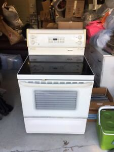 Stove Oven Cuisiniere Four - GE General Electric