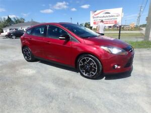 2013 Ford Focus SE HATCH! SUNROOF! CERTIFIED!