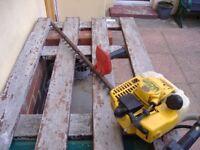 professinal 2/stroke petrol hedge cutter little used