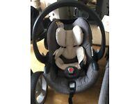 Besafe izi go modular Stokke car seat and isofix base