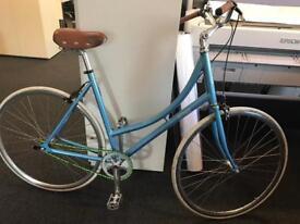 Ladies town bike, pitango