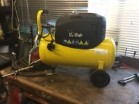 Stanley 8bar Air Compressor in good condition plus some extras.