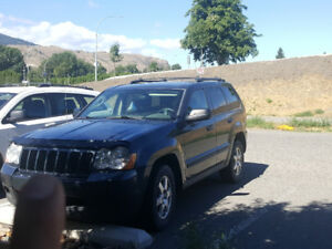 2008 Jeep Grand Cherokee Larado SUV, Crossover
