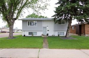 Lovely home in NWCH with 4 beds/2 baths & TRIPLE garage