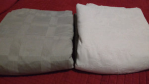 King sized HIGH THREAD Count duvet covers $40 each