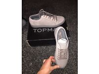 Men's size 9 brand new trainers