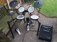 Roland TD-4 Electric Drum Kit + PM-10 Personal Monitor **price reduced**