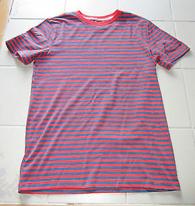 Boys striped t-shirt in size Lg (10/12) from Old Navy *NEW