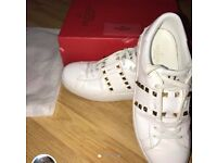 Genuine Valentino 11. Rockstud Untitled White Leather Shoes, Near New, Size 9-10