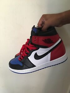 LOOKING FOR TRADES FOR MY JORDAN 1s TOP 3s SIZE 8us