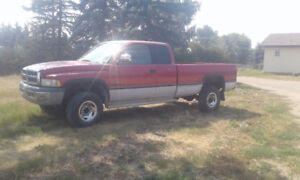 1997 2500 Dodge Cummins 4X4 Extended Cab Long Box