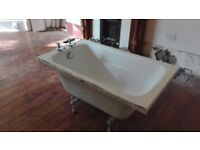 free to uplift: small bath with panels