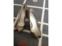 Karen Millen peep toes shoes - New size 4